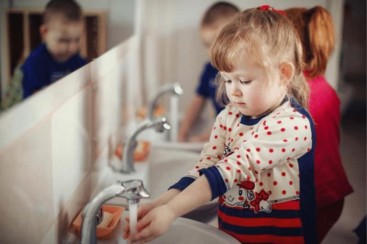Igiene personale: insegnarla ai bambini sin da piccolissimi